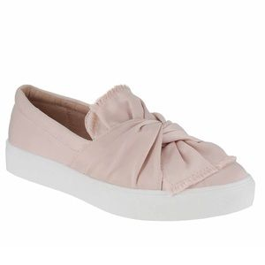 NWT Mia Zani Bow Sneaker Tennis Shoe Slider